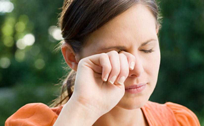 Inchaço nos olhos pode ser alergia?