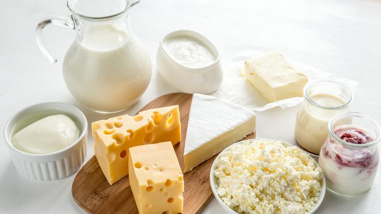 É preciso excluir totalmente leite e derivados de quem tem intolerância a lactose?