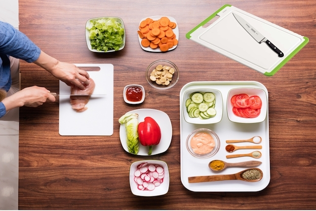 5 dicas para evitar contaminação entre alimentos em casa e crises alérgicas