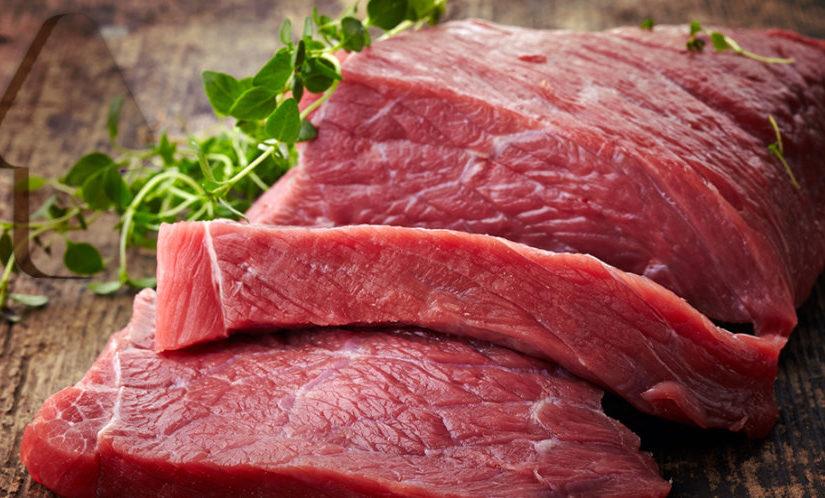 Qual a relação entre picada de carrapato e alergia à carne vermelha?